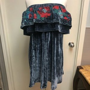 Umgee velvet dress